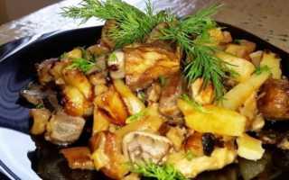 Картошка с грибами в томатном соусе