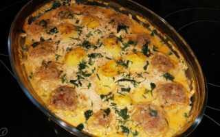 Картофель с тефтелями в духовке рецепт