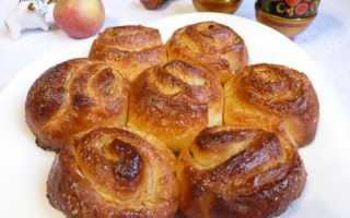 Булочки с яблоком и корицей в духовке