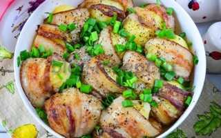 Картофель в беконе запеченный в духовке пошаговый