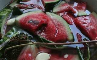Соленый арбуз быстрого приготовления в кастрюле